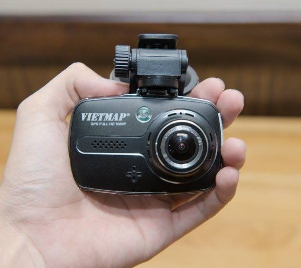 Camera Hanh Trinh X9 600x534