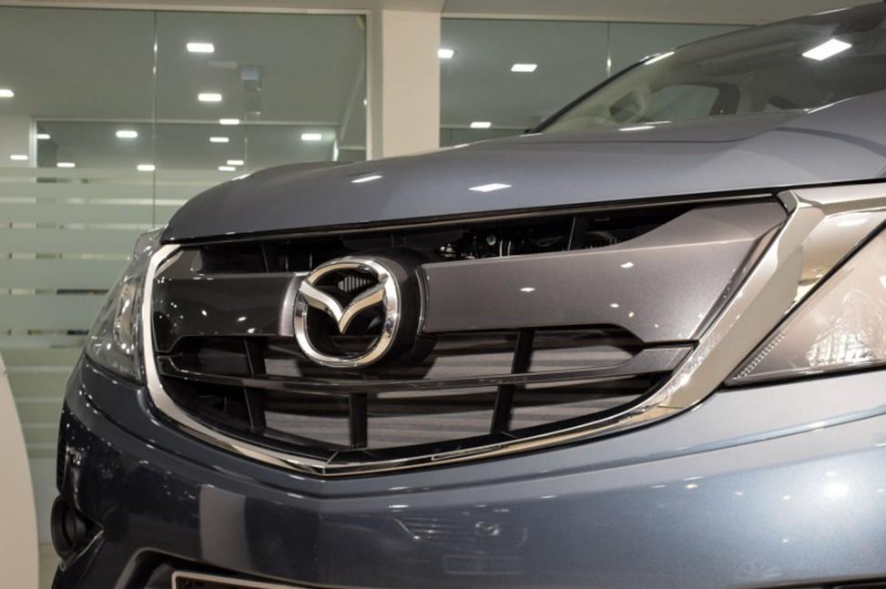 Mazda BT-50 4WD MT 2.2L 2019