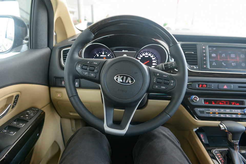 KIA Sedona Luxury 2019