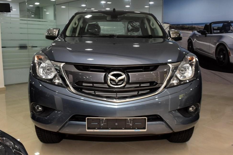 Giá xe Mazda BT-50 3.2 Premium AT